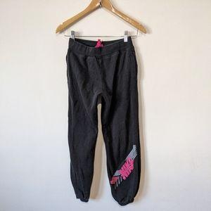 Nike Girls Youth Large Black Logo Sweatpants